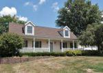Foreclosed Home in Zanesville 43701 1061 BLOSSOM LN - Property ID: 4013656