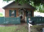 Foreclosed Home in Winfield 67156 1014 MANNING ST - Property ID: 4015257