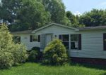 Foreclosed Home in Uhrichsville 44683 6811 EDIE HILL RD SE - Property ID: 4015630