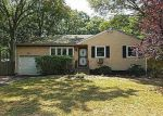 Foreclosed Home in Farmingville 11738 18 LEEDS BLVD - Property ID: 4018838