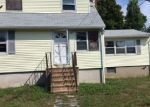 Foreclosed Home in Shirley 11967 3 STANLEY DR - Property ID: 4018851