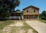 Foreclosed Home in Dallas 30157 46 ELSBERRY RD - Property ID: 4020178