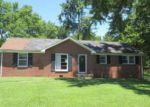 Foreclosed Home in Clarksville 37040 521 NEEDMORE RD - Property ID: 4020901