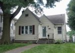 Foreclosed Home in Davenport 52803 2608 WESTERN AVE - Property ID: 4021290