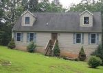 Foreclosed Home in Mount Airy 27030 302 INMAN RD - Property ID: 4021914