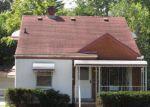 Foreclosed Home in Pontiac 48341 935 VOORHEIS ST - Property ID: 4022253
