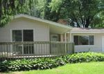 Foreclosed Home in Wonder Lake 60097 4125 W LAKE SHORE DR - Property ID: 4023333