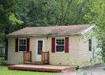 Foreclosed Home in Wonder Lake 60097 8205A WONDER VIEW DR - Property ID: 4026668
