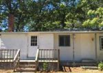 Foreclosed Home in Mastic 11950 62 OVERLOOK DR - Property ID: 4027524