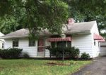 Foreclosed Home in Columbus 43227 952 S HAMPTON RD - Property ID: 4028360