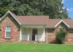Foreclosed Home in Clarksville 37042 323 SOUTHERN DR - Property ID: 4029818