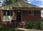 Foreclosed Home in Ferndale 48220 2021 GARFIELD ST - Property ID: 4031048