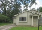 Foreclosed Home in Houston 77078 9330 COURBEN CIR - Property ID: 4031406