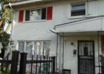 Foreclosed Home in Des Plaines 60016 8910 ROBIN DR APT A - Property ID: 4032845