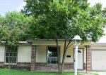 Foreclosed Home in San Antonio 78220 462 HUB AVE - Property ID: 4033673