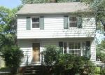 Foreclosed Home in Cleveland 44124 1603 LYNDHURST RD - Property ID: 4034088