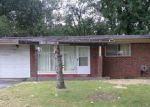 Foreclosed Home in Saint Louis 63136 2308 HUDSON RD - Property ID: 4034284
