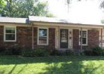 Foreclosed Home in Louisville 40219 8107 HORIZON LN - Property ID: 4034420