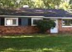 Foreclosed Home in Waterford 48327 5108 JOANGAY BLVD - Property ID: 4035115