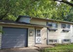Foreclosed Home in Streamwood 60107 202 WALNUT DR - Property ID: 4035729