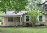 Foreclosed Home in Youngstown 44515 3901 CRUM RD - Property ID: 4035812