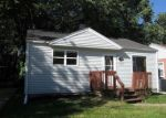 Foreclosed Home in Madison Heights 48071 593 E HARWOOD AVE - Property ID: 4036931