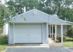 Foreclosed Home in Brighton 48116 9193 RIVERSIDE DR - Property ID: 4036948