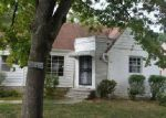 Foreclosed Home in Cleveland 44121 1242 S BELVOIR BLVD - Property ID: 4037126
