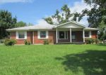 Foreclosed Home in Clarksville 37040 491 NEEDMORE RD - Property ID: 4038357