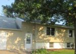 Foreclosed Home in Blue Grass 52726 721 W SCOTT DR - Property ID: 4039270