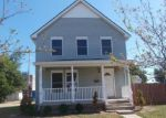 Foreclosed Home in Lorain 44052 937 REID AVE - Property ID: 4040421