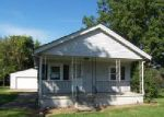 Foreclosed Home in Lorain 44052 236 W 38TH ST - Property ID: 4040445