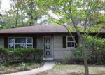 Foreclosed Home in Mastic 11950 222 PATCHOGUE AVE - Property ID: 4040569