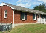 Foreclosed Home in Clarksville 37042 201 JACKSON RD - Property ID: 4041462