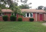 Foreclosed Home in Richmond 23222 4503 CARPENTER RD - Property ID: 4042598