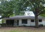 Foreclosed Home in Desoto 75115 408 PECAN DR - Property ID: 4042646