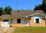 Foreclosed Home in Garland 75040 806 PRIMROSE DR - Property ID: 4042669
