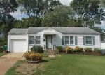 Foreclosed Home in Saint Louis 63137 1425 BALLARD DR - Property ID: 4043321