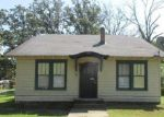 Foreclosed Home in Little Rock 72204 601 OAK PARK DR - Property ID: 4044098