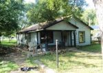 Foreclosed Home in Fort Worth 76111 3016 FINLEY ST - Property ID: 4044595
