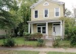 Foreclosed Home in Richmond 23223 1710 N 20TH ST - Property ID: 4044948