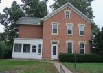 Foreclosed Home in Davenport 52804 1421 W 14TH ST - Property ID: 4045789