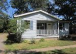 Foreclosed Home in Oxford 27565 609 GRANVILLE ST - Property ID: 4047046