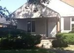 Foreclosed Home in Detroit 48205 19786 FAIRPORT ST - Property ID: 4049291