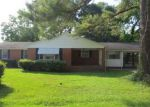 Foreclosed Home in Mullins 29574 700 MCMILLAN DR - Property ID: 4059277