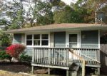 Foreclosed Home in Mastic 11950 74 STUYVESANT AVE - Property ID: 4060014