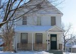 Foreclosed Home in Davenport 52803 527 W 15TH ST - Property ID: 4061180