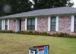 Foreclosed Home in Little Rock 72209 10711 WARREN DR - Property ID: 4062842