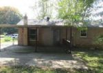Foreclosed Home in Clarksville 37040 22 HAYES ST - Property ID: 4063218