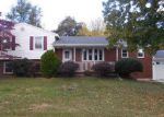Foreclosed Home in Harrisburg 17112 5372 WILSHIRE RD - Property ID: 4065375